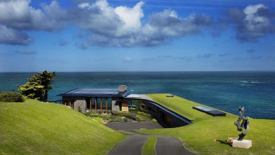 Nhà mái cỏ