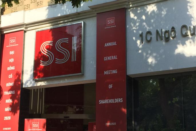 SSI là một trong những công ty chứng khoán đầu tiên hoạt động tại thị trường Việt Nam.